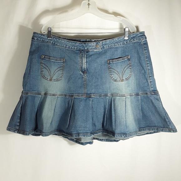 Hot Kiss Dresses & Skirts - Hot Kiss Women's Jean Skirt with pockets